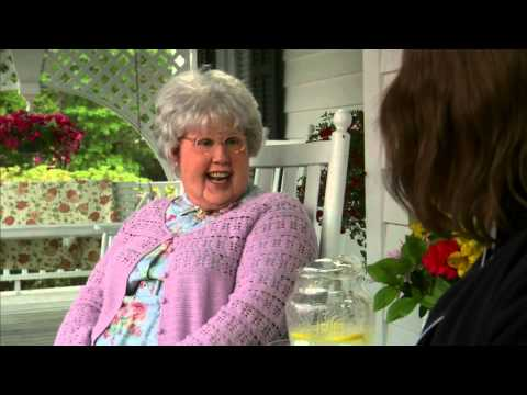 Little Britain – Mildred and Conner (Drugs)